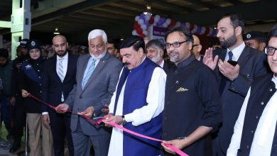 """""""Pakistan Railways will support local vendor industry and those parts which can be produced in Pakistan will not be imported,"""" said the Federal Minister."""