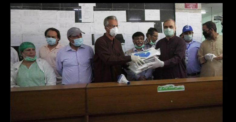 Jamaat-e-Islami JI distributed safety gears to Abbasi Shaheed Hospital medical staff